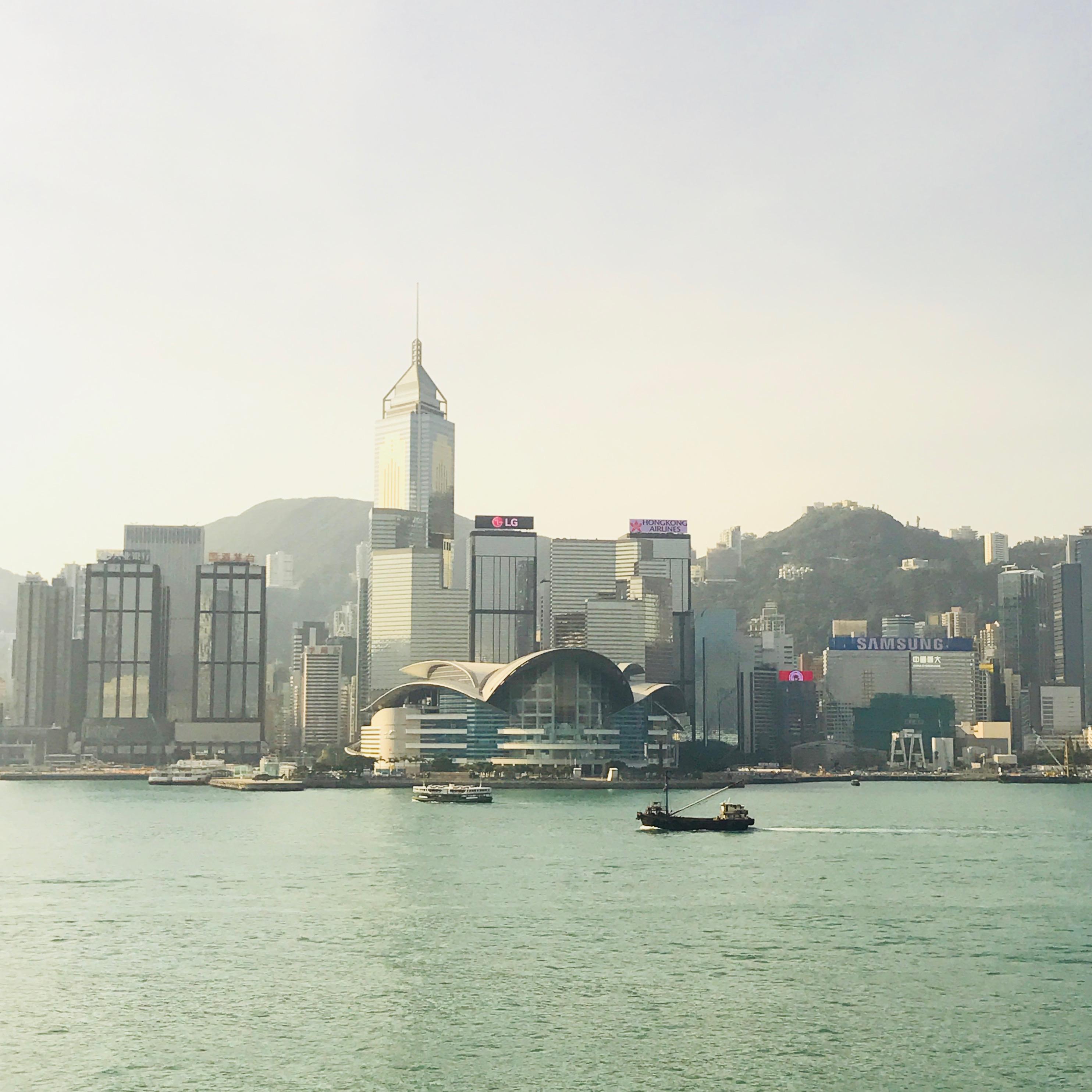 香港インターナショナルライティングフェア2017