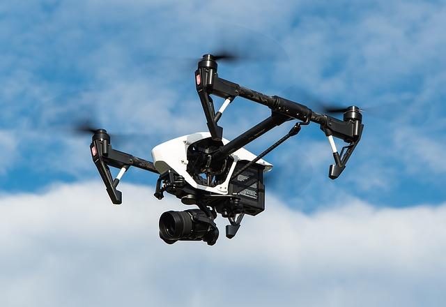 プロジェクションマッピングの制作は【X-ECO : エックスエコ】~プロモーションビデオやドローンでの空撮も~