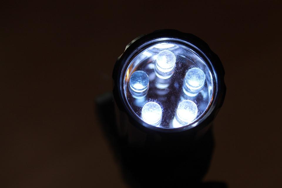 LEDを使ったライティングの技術の進化について~RGBの表現も容易に~